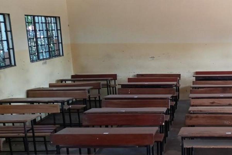 Alunos de sétima classe sem direito à reabilitação de escolas